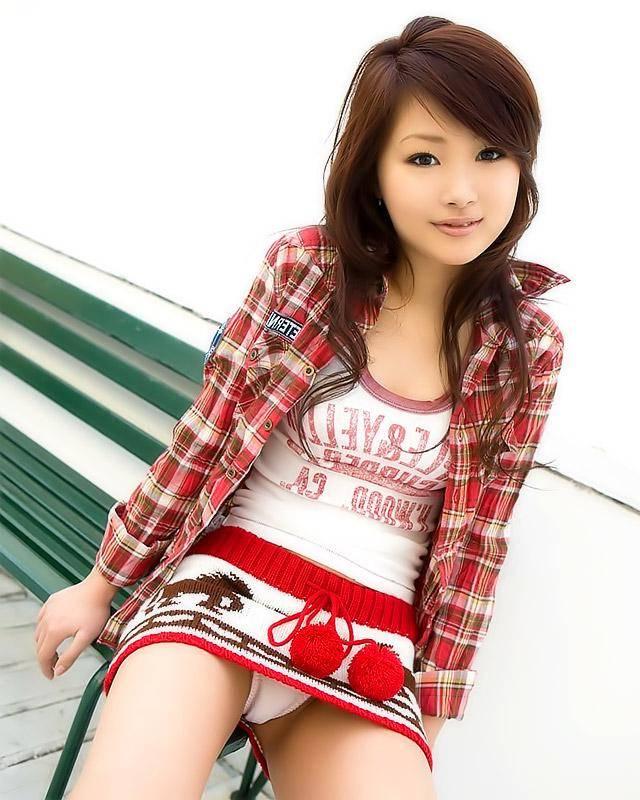 Asian schoolgirl wants hot dick in wet mouth 14 photo