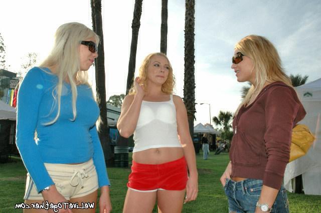 Blondies with beautiful redhead lesbian 8 photo