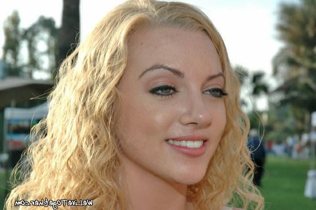Blondies with beautiful redhead lesbian 7 photo