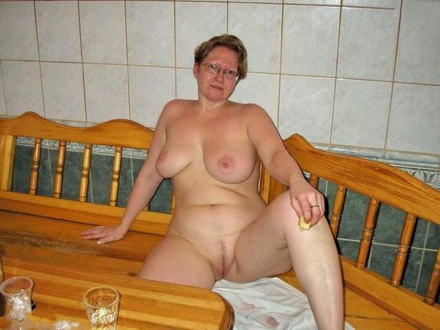 Older wives demonstrate delights of their bodies 26 photo