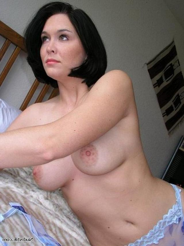 Big sexy boobs of mature hot mommies 23 photo