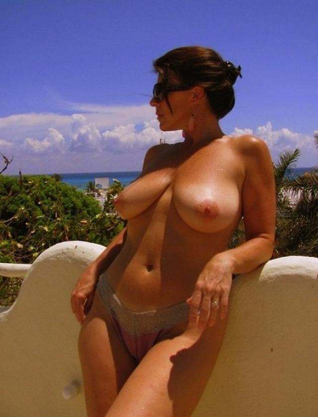 Big sexy boobs of mature hot mommies 20 photo