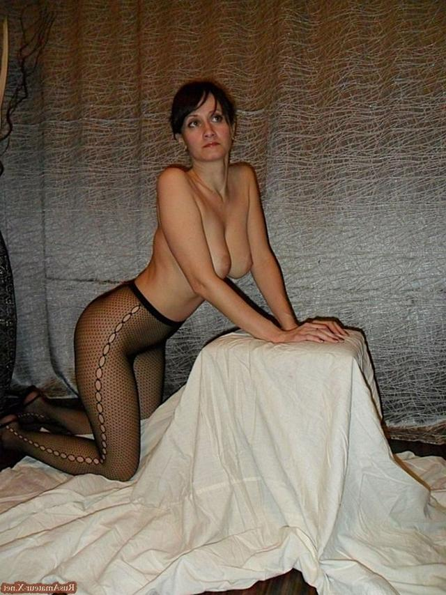 Mature woman with very sexy body and big tits 29 photo