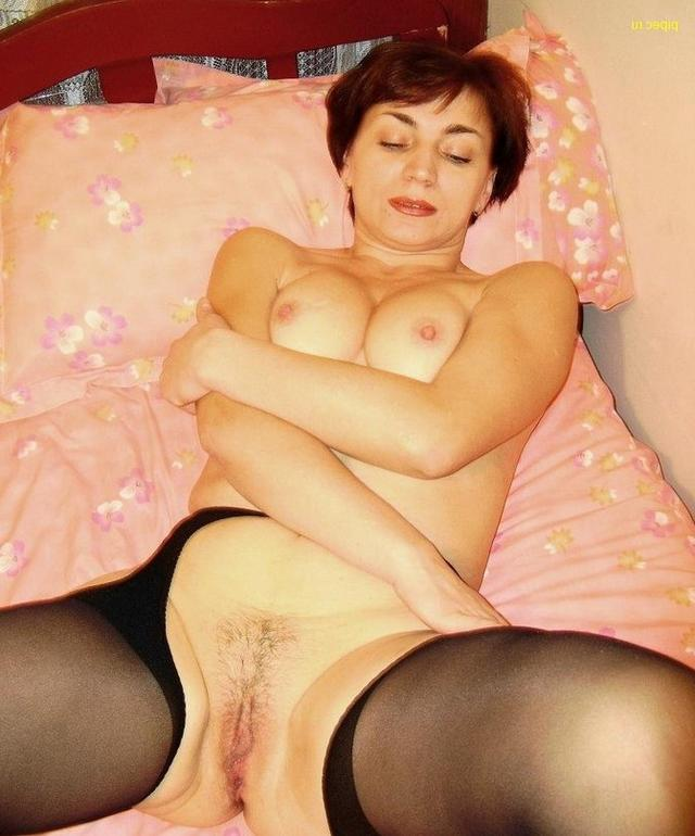 Whores daily caresses their swollen pussies 25 photo