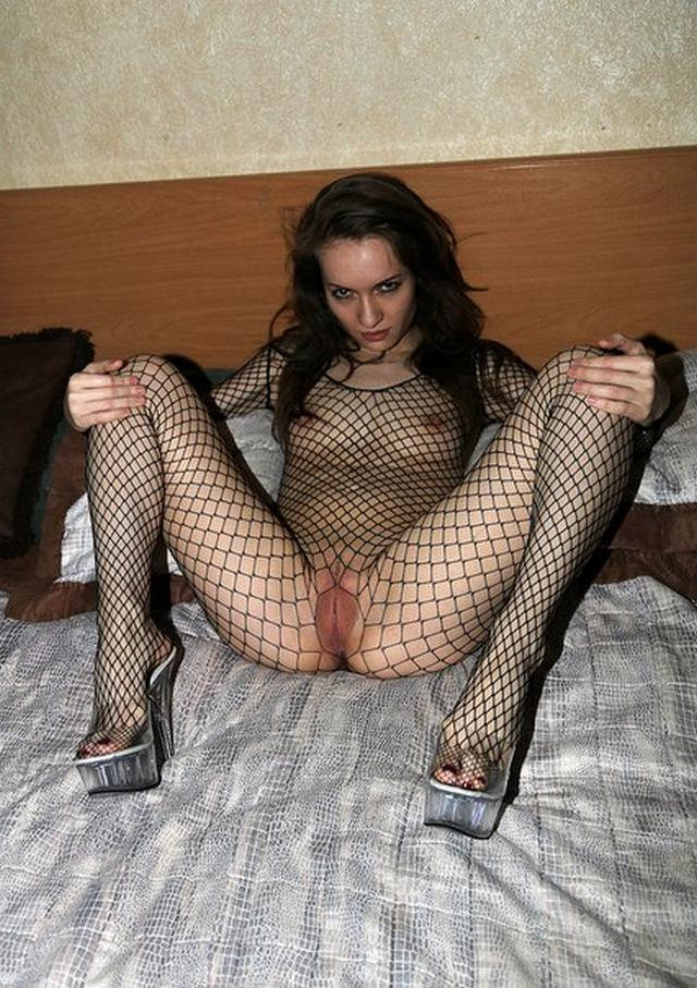 Lovers rhythmically fucks their bitches in the pussy 12 photo