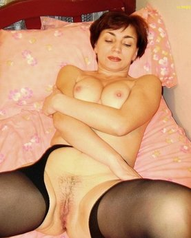 Unshaven pussies of  attractive mature chicks