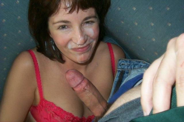 Hot babes sucks hard dicks before facial 8 photo