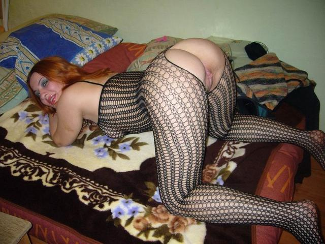 Ladies in waiting for their dream - fat black dick 4 photo