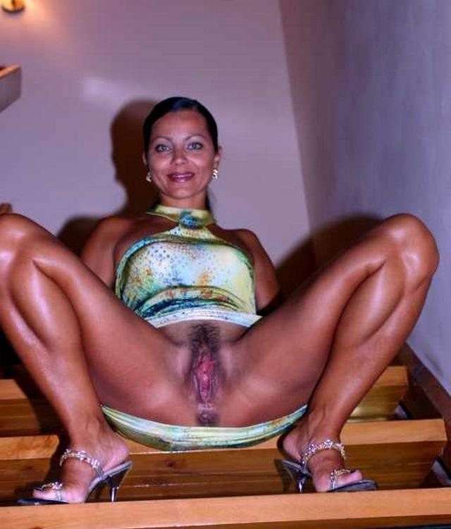 Ladies in waiting for their dream - fat black dick 13 photo
