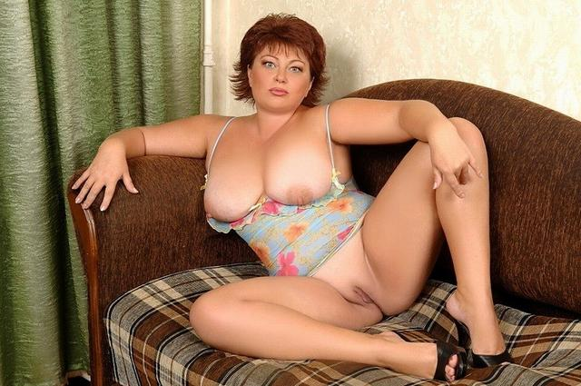 Ladies in waiting for their dream - fat black dick 18 photo