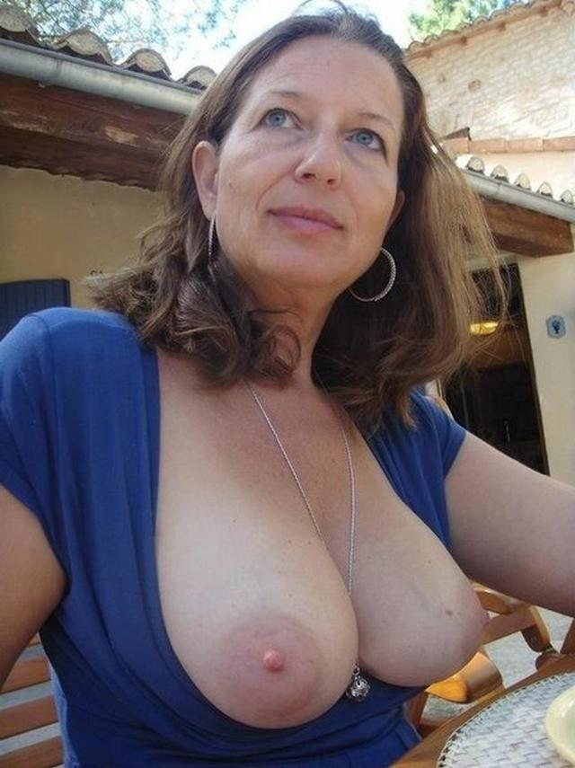 Huge tits mature ladies on the photo close-up 6 photo
