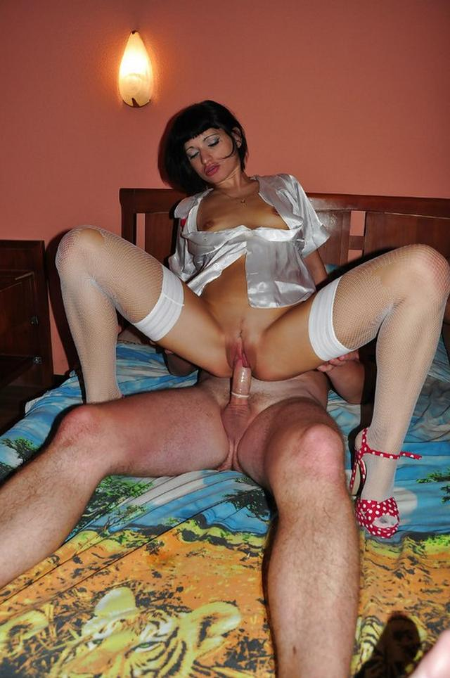 Brunette with quads loves elastic dicks 47 photo