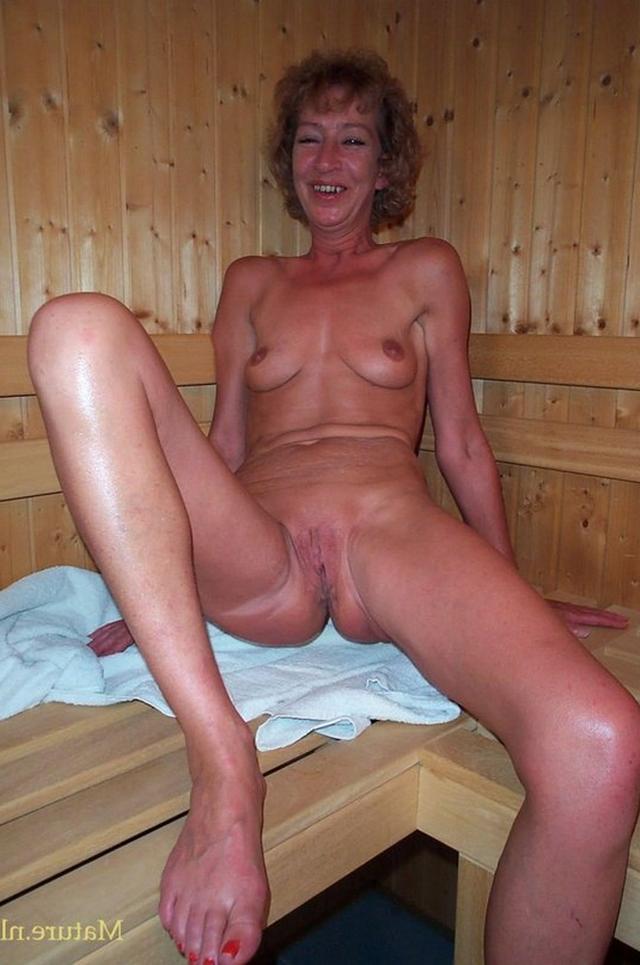 Sluty girls have no hesitation 29 photo
