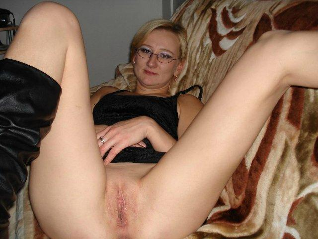 Whores shows their hairy juicy pussy without panties 5 photo