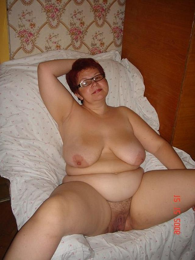 Mature women and grandmothers having fun with young guys 25 photo