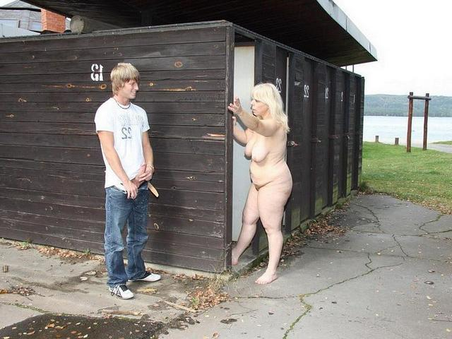 Young man was tempted by big mature woman 4 photo