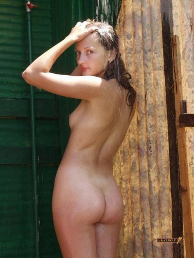 Naked beauties in the countryside 33 photo