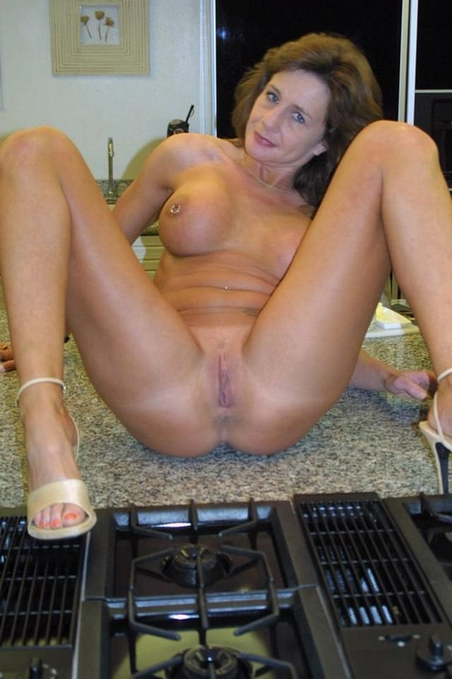 Housewives sometimes excited and then become real sex bomb 29 photo