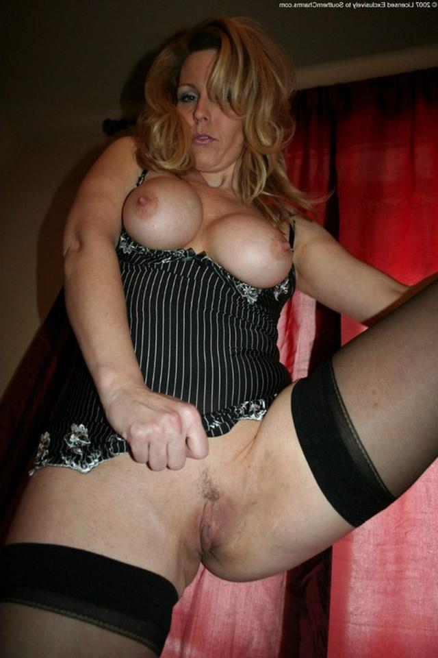 Older bitches really want to fuck in pussy 8 photo