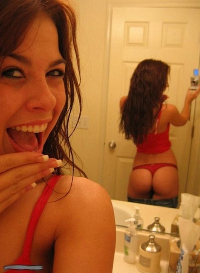 No panties girls look prettier 3 photo