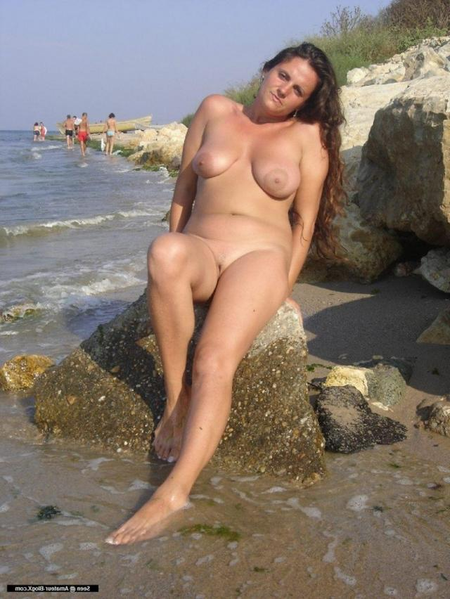 Nudist and slut Olga with hot body 19 photo