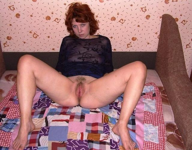 Mature ladies took pose the most convenient for sex 2 photo