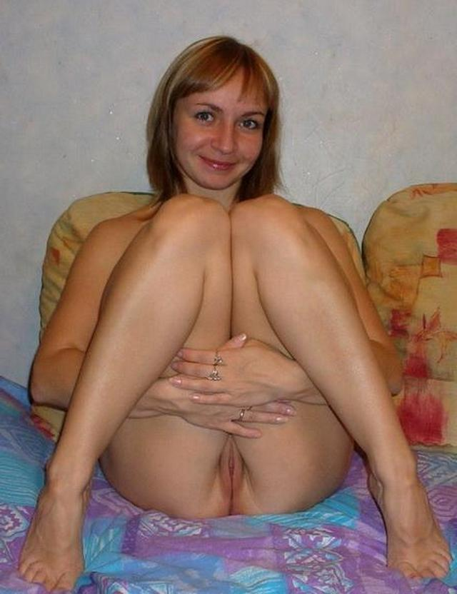 Mature ladies took pose the most convenient for sex 22 photo