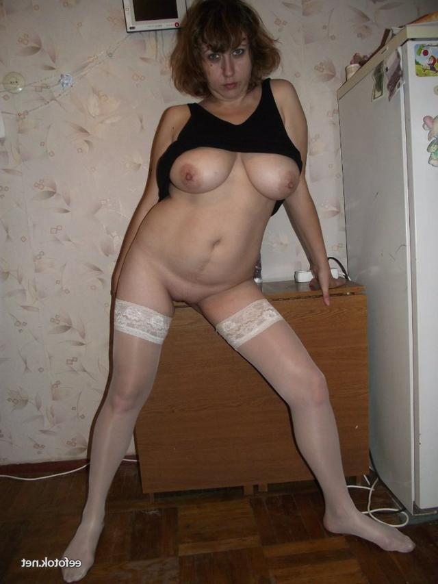 Mature ladies took pose the most convenient for sex 11 photo
