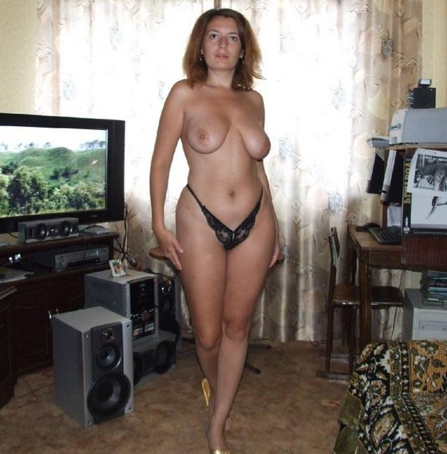Chubby beauties in age show their naked form 9 photo