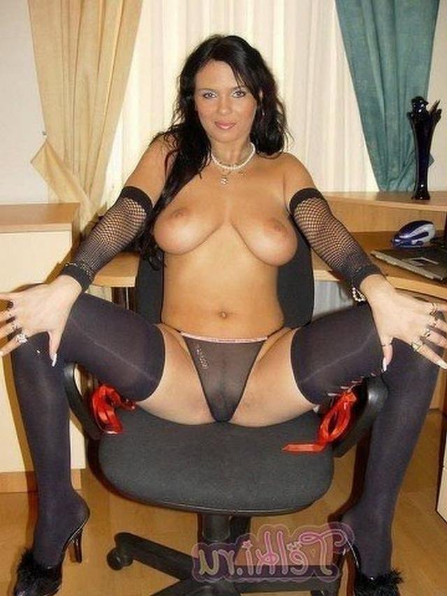 sekretarshi-v-porno-sapozhkah