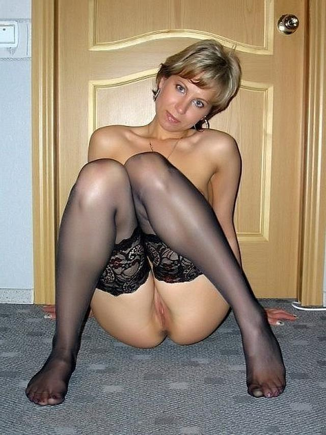 Shameless and mature mother undressed 15 photo