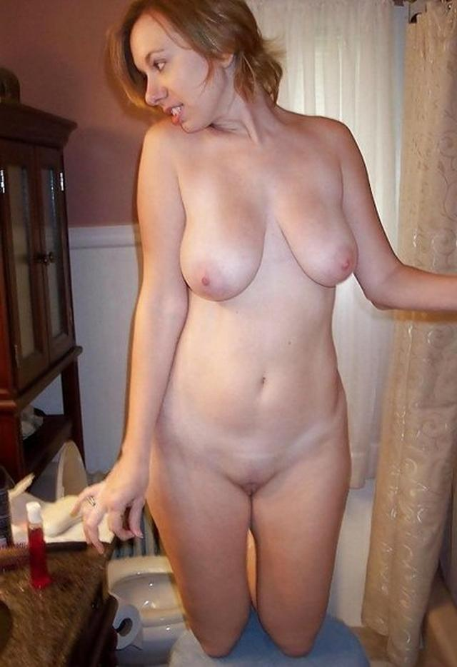 Naked 40 yr old women