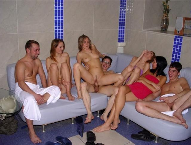 prostitutki-v-saune-russkoe