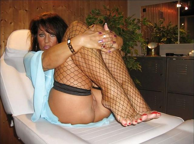 Mature housewives prepared for nighttime fun 37 photo