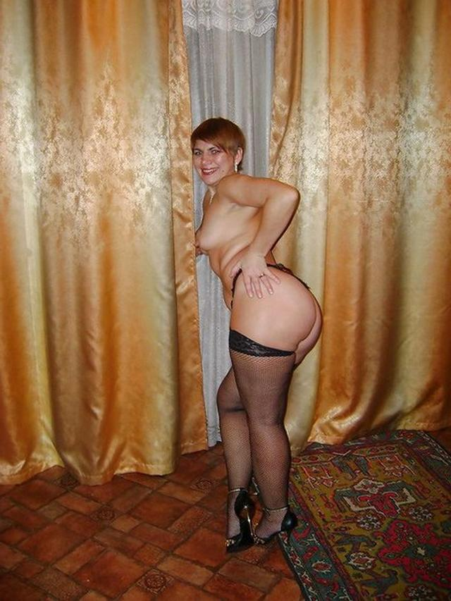 Mature housewives prepared for nighttime fun 26 photo