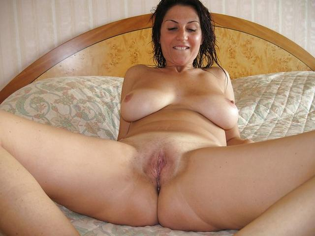Admire and enjoy the big women 1 photo