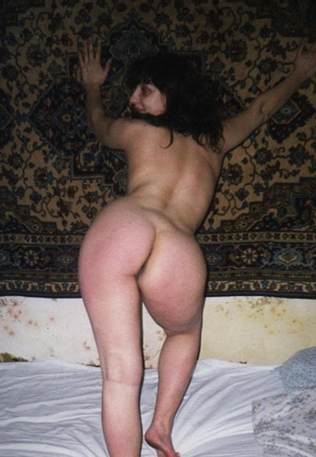 With such asses all men conquered 3 photo