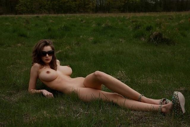 Secret naked pictures of female students 12 photo