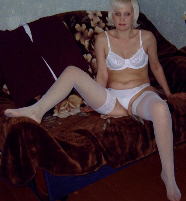 Russian babes in stockings on retro sex photos 17 photo