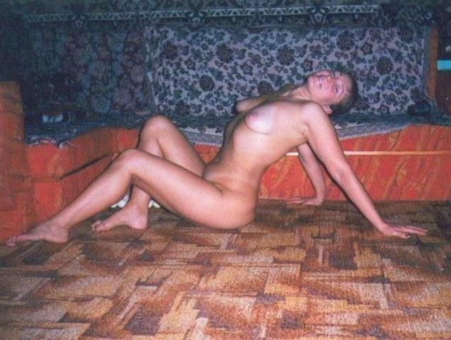 Russian babes in stockings on retro sex photos 22 photo