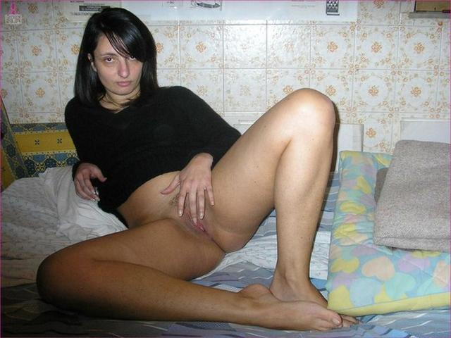 Depraved Italian elegant presents her forms 12 photo