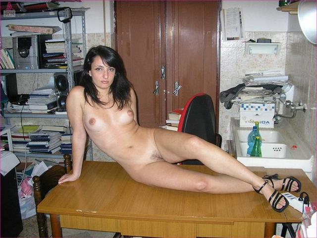 Фото голых еврейских женщин