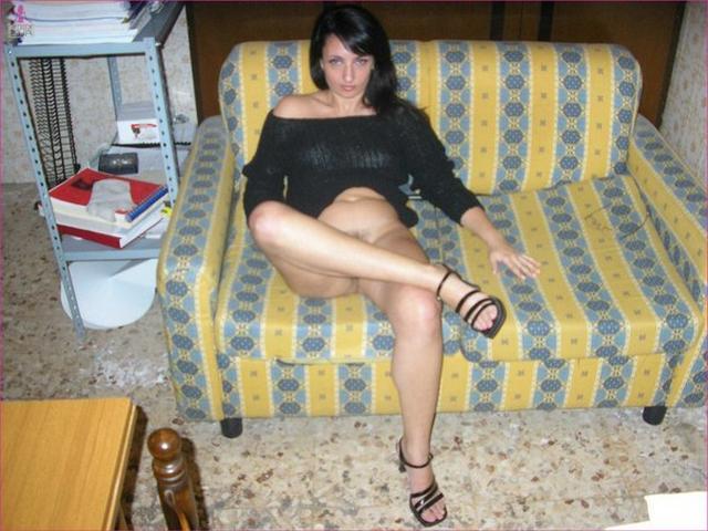 Depraved Italian elegant presents her forms 14 photo