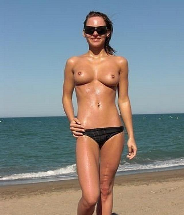 Sexy and shapely girls have fun at the beach 18 photo