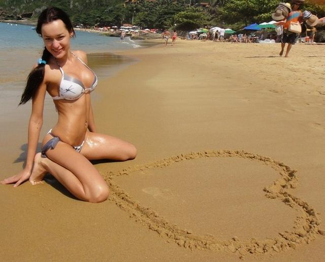 Sexy and shapely girls have fun at the beach 11 photo