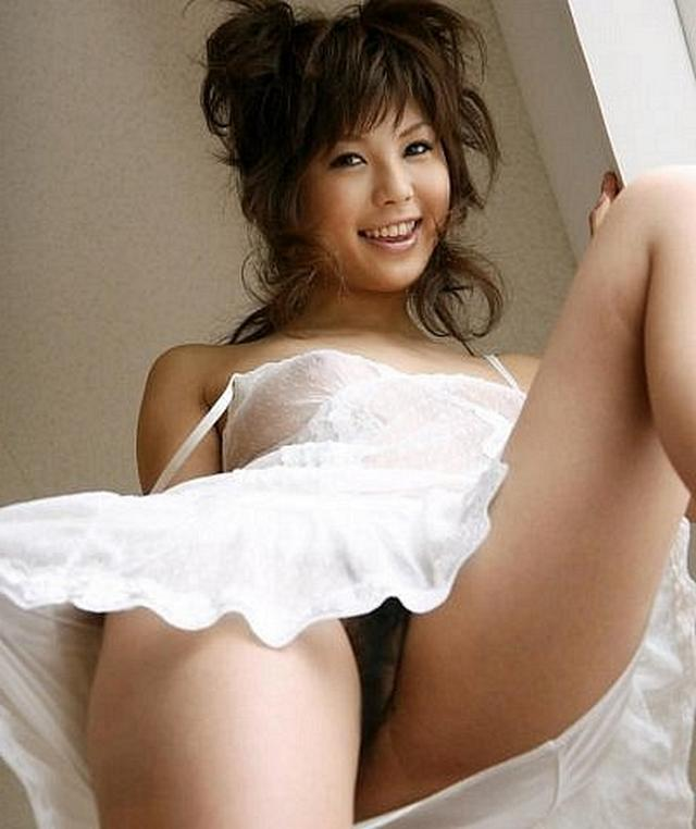 Japanese beauties shows their breathtaking charms 1 photo