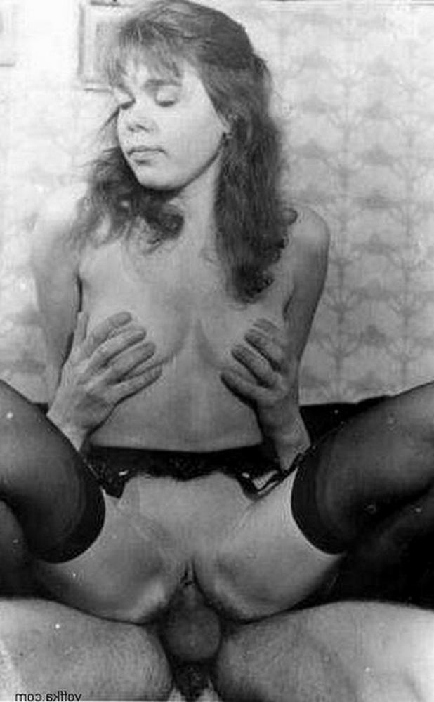 Porn photo from 80s with charm wet pussies 20 photo