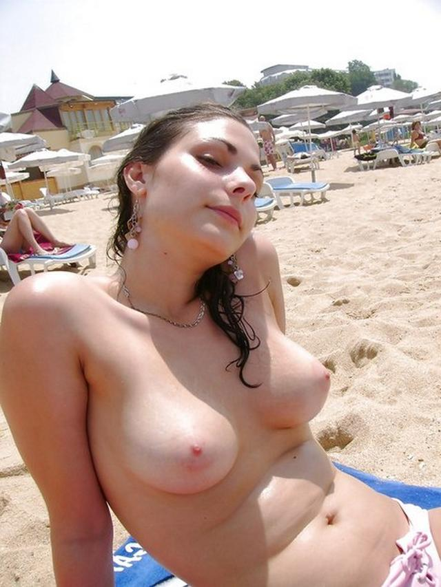 Young busty tourist do not mind to have sex with a stranger 21 photo
