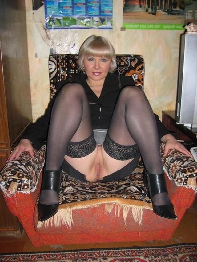 zhenshini-v-vozraste-video-russkie-seks