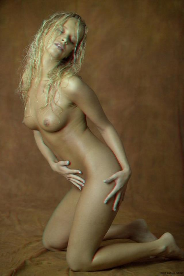 Curly busty blonde with a perfect body 6 photo